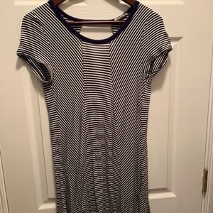 Dresses & Skirts - Flowly Navy & White Striped Dress Size Small